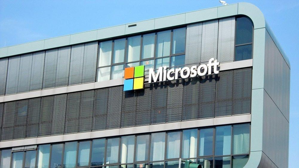 Microsoft rachète Linkedin. A part ça, qui appartient à qui ?