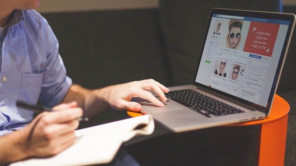 Linkedin Viadeo - Panorama des Réseaux Professionnels en ligne - Réseaux Sociaux