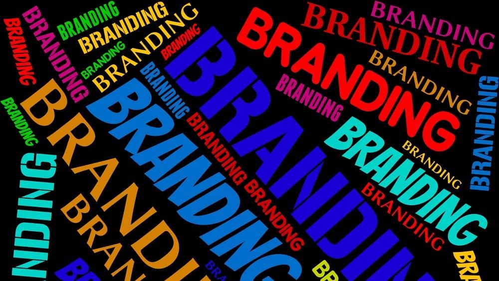 Choisir un nom attractif pour votre blog pour améliorer votre SEO