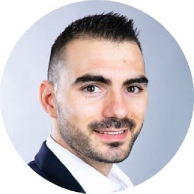 Yannick Bouissière - Trouvez plus de clients avec LinkedIn